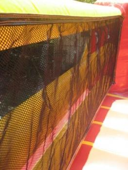 Boxing Netting on walls3