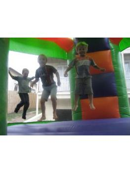 Shrek Club Jumper Kids bouncing3